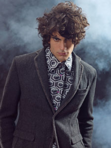 Capelli ricci uomo by Paul Gehring